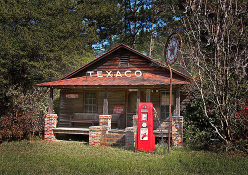 Terry Shoemaker - Old Texaco Station 02