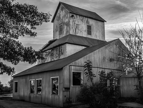 Old Town Grain Mill by Clay Swatzell