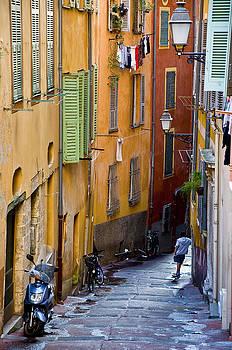 Old Town Nice by Daniel Huerlimann