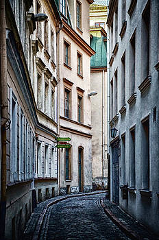 Old Town street by Gynt