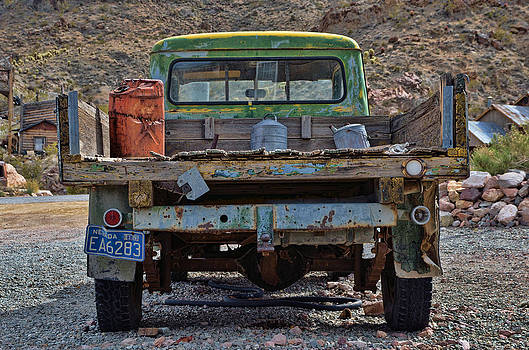 Old Truck Nelson NV by Arnold Despi
