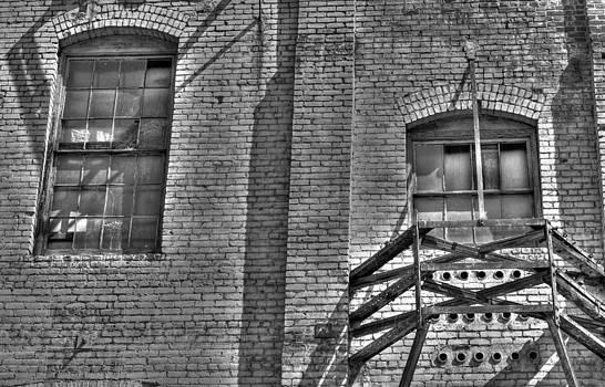 Olvera Street Windows by Richard Hinds