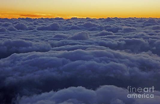 Nina Stavlund - On Cloud Nine...