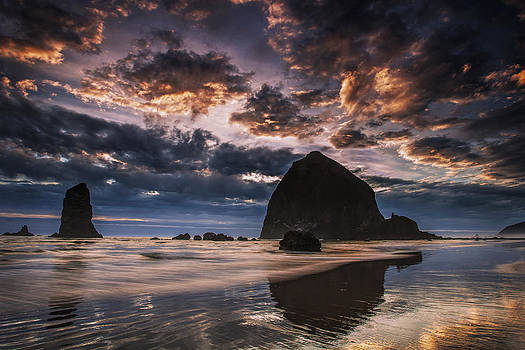Oregon Coastal Sunset by Andrew Soundarajan