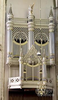 Pravine Chester - Organ at Dom Church