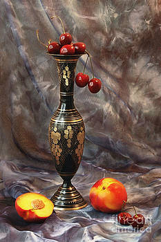 Oriental still life by Irina No