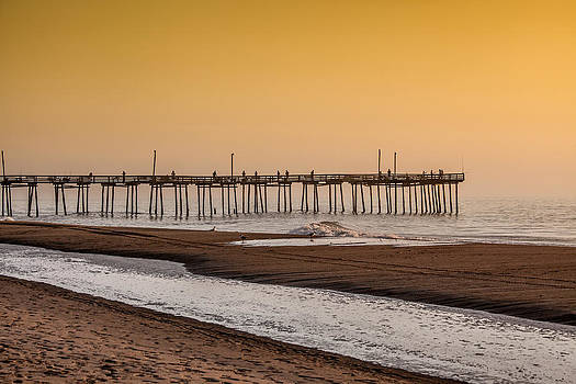 Outer Banks Fishing Pier by Geoffrey Archer