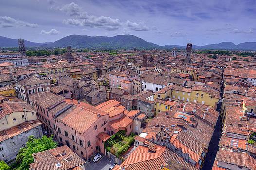Matt Swinden - Over Lucca