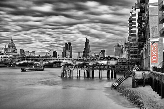 Oxo.. by Urban Shooters