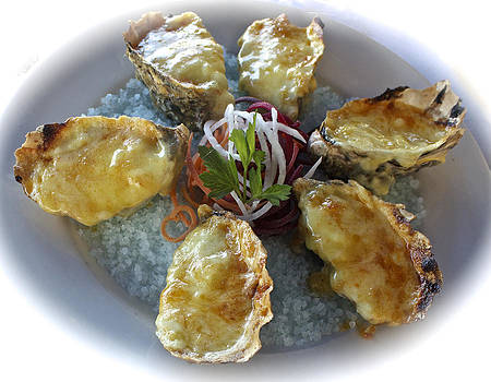 Venetia Featherstone-Witty - Oysters Mornay at Doyles