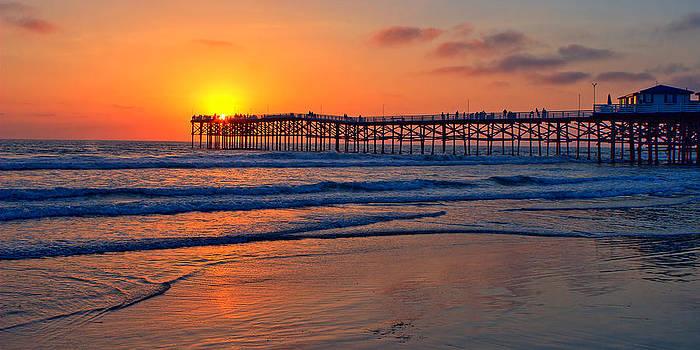 Pacific Beach Pier - EX Lrg - Widescreen by Peter Tellone