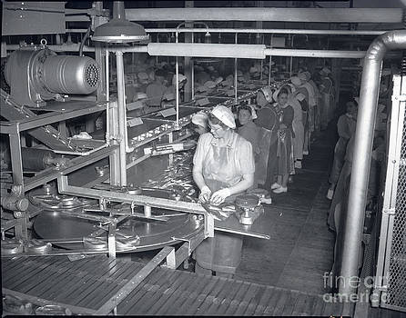 California Views Mr Pat Hathaway Archives - Packing line Cannery Row Monterey circa 1948