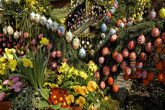 Painted eggs on Well in Franconia Germany by David Davies