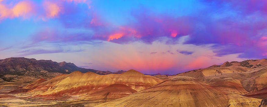 Painted Hills Panorama by Ryan Manuel