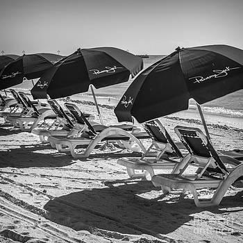 Ian Monk - Panama Jack Blues - Higgs Beach - Key West - Square - Black and White
