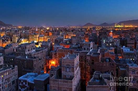 Panorama of Sanaa at night by Konstantin Kalishko