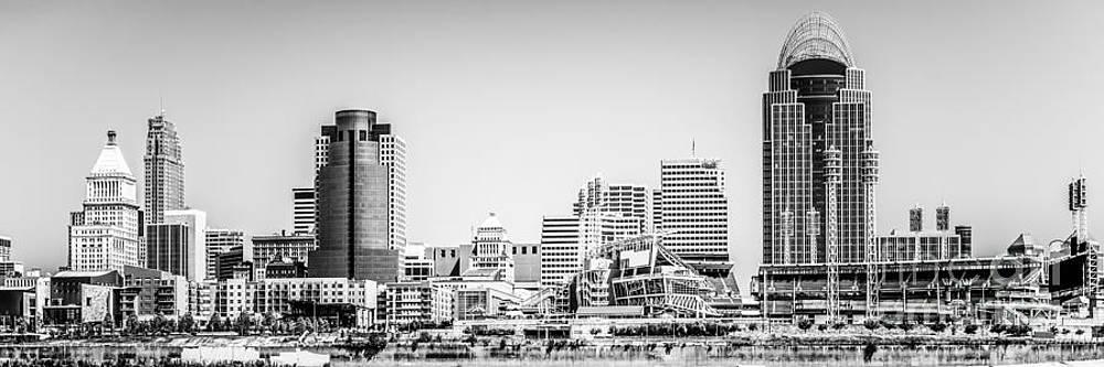Paul Velgos - Panorama Picture of Cincinnati Skyline