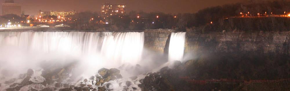 Kathy Peltomaa Lewis - Panoramic Niagara Falls