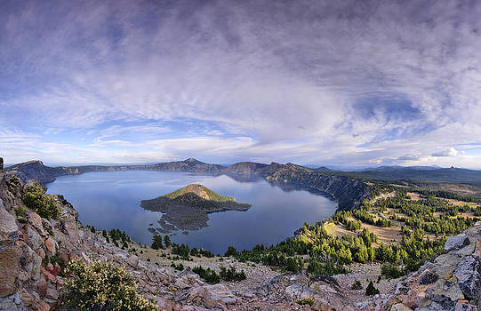 Panoramic view of Crater Lake and Wizard Island by Sebastien Coursol