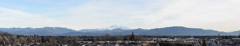 Nicki Bennett - Panoramic View of Mt. Baker