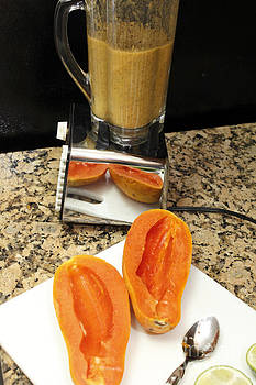 Papaya Seeds Blended by Lee Serenethos