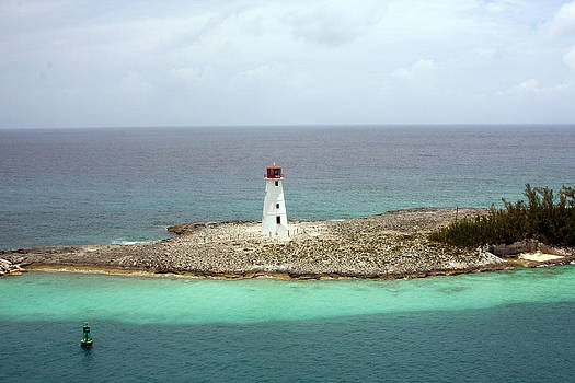 Paradise Island Lighthouse by Michael Smith