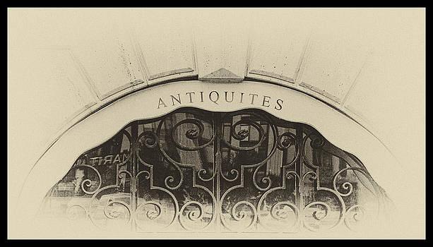 TONY GRIDER - Paris Antique Store Sign