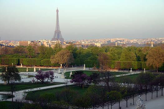 Paris Autumn by A Morddel