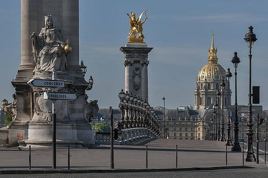 Paris by Ayhan Altun