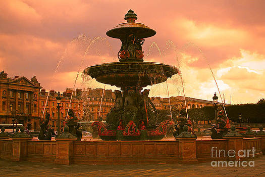 Paris Fountain by Lena Jolly