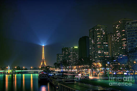 Paris Illumination HDR by Dhwee DB