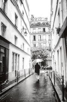 Paris - Rain - Sunday Stroll by Vivienne Gucwa