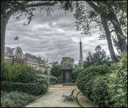 Paris Spring by Alfredo Machado