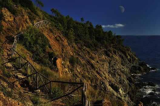 Enrico Pelos - PATH ON THE ROCKS with half moon
