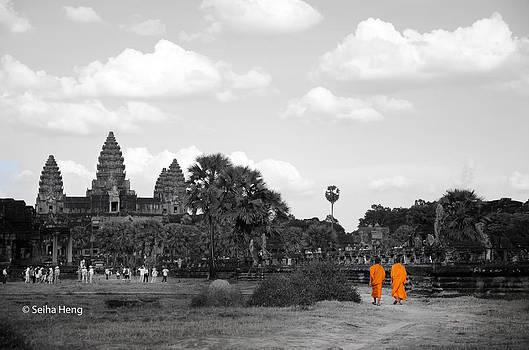 Path to Angkor by Seiha Heng