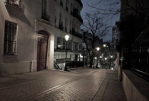 Pavement at night by Paris Color