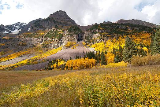 Maroon Bells Peak Color by Cascade Colors