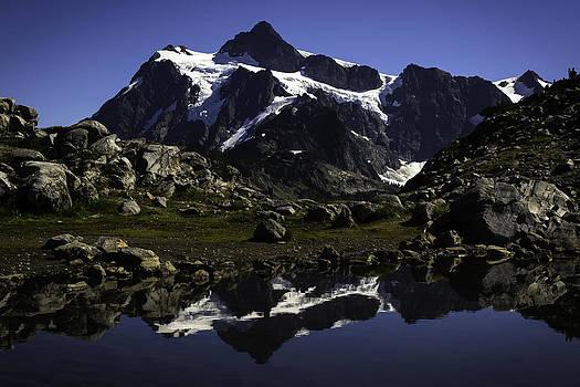 Peaks  by Blanca Braun