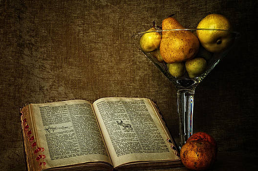 Pears and an old book by Dick Wood