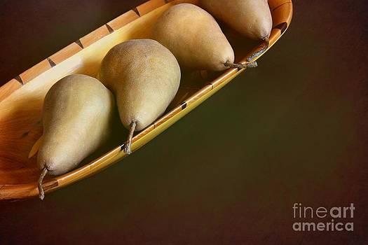 Sophie Vigneault - Pears