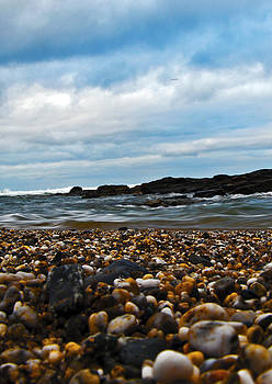 Pebbled beach by Paul Howarth