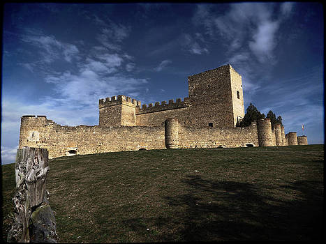 Pedraza's castle by Ivan Gomez