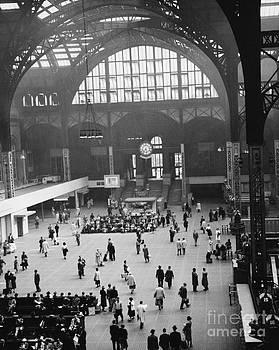 Van D Bucher - Penn Station Nyc 1957