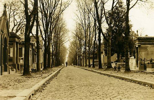 Pere Lachaise - Paris by Nino Via