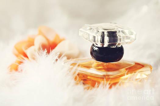 LHJB Photography - Perfume