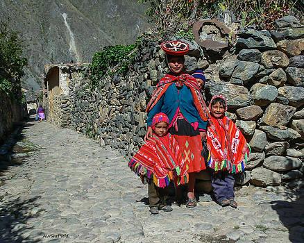 Allen Sheffield - Peruvian Mother with Children