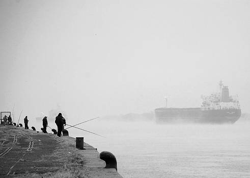 Pescadores del Parana by Denis Marsili