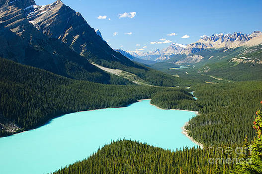 Oscar Gutierrez - Peyote Lake in Banff National Park Canada