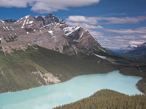 Peyto lake and Caldron peak by Richard Berry