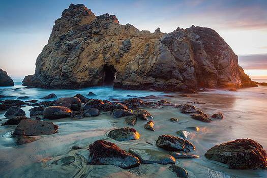 Pfeiffer Beach by Mike  Walker